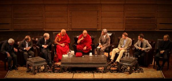 "The word ""creativity"" doesn't exist in the Tibetan language, but His Holiness was surrounded by some of the world's leaders in creative learning. (photo by Samantha Walker 2009)"