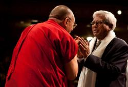 Fazle Hasan Abed with the Dalai Lama at the Vancouver Peace Summit