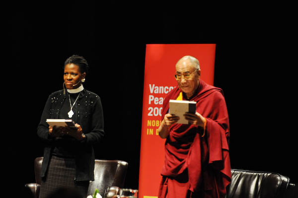 Rev Mpho Tutu and the Dalai Lama accept the Fetzer Prize for Love and Forgiveness awarded to His Holiness and Archbishop Desmond Tutu (photo by Sonam Zoksang 2009)